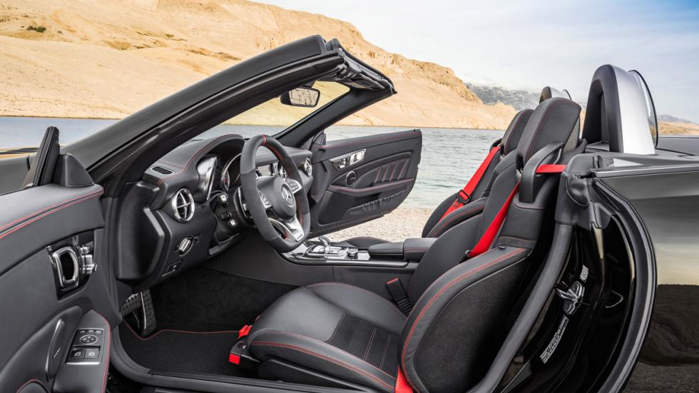 Mercedes SLC interior