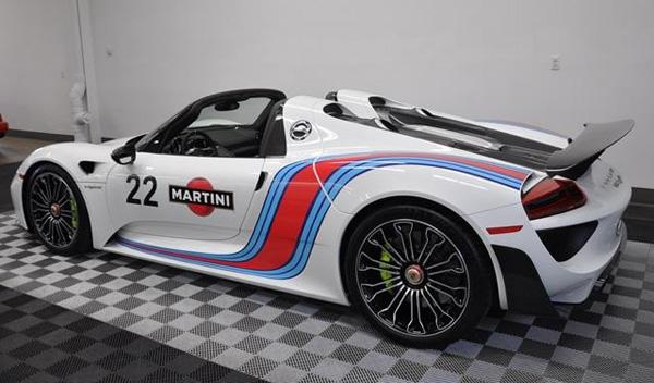 Porsche 918 Spyder Martini trasera