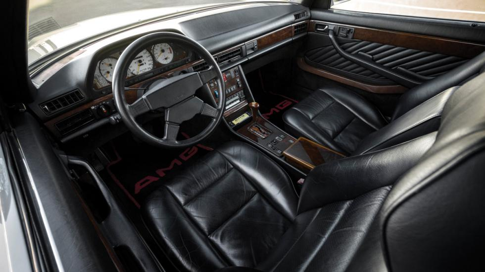 Mercedes 560 AMG interior