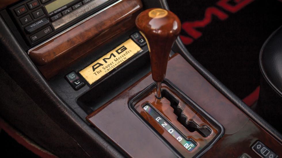 Mercedes 560 AMG cambio madera