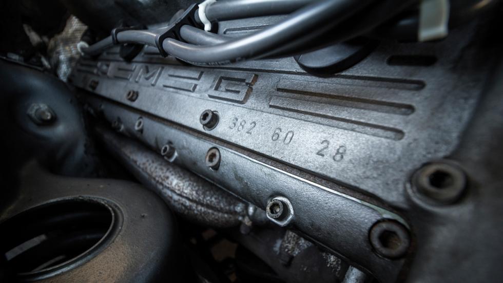 Mercedes 560 AMG motor