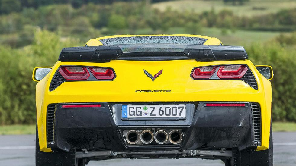 Chevrolet Corvette Z06 escapes