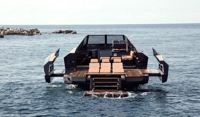 Evo 43, el barco que se transforma 7