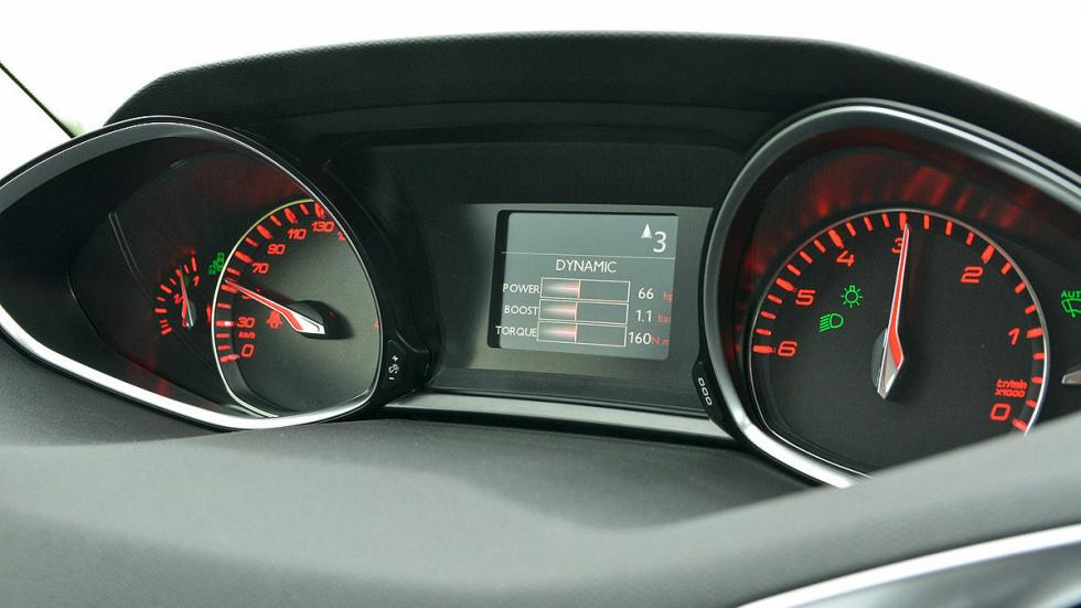 Peugeot 308 interior detalle
