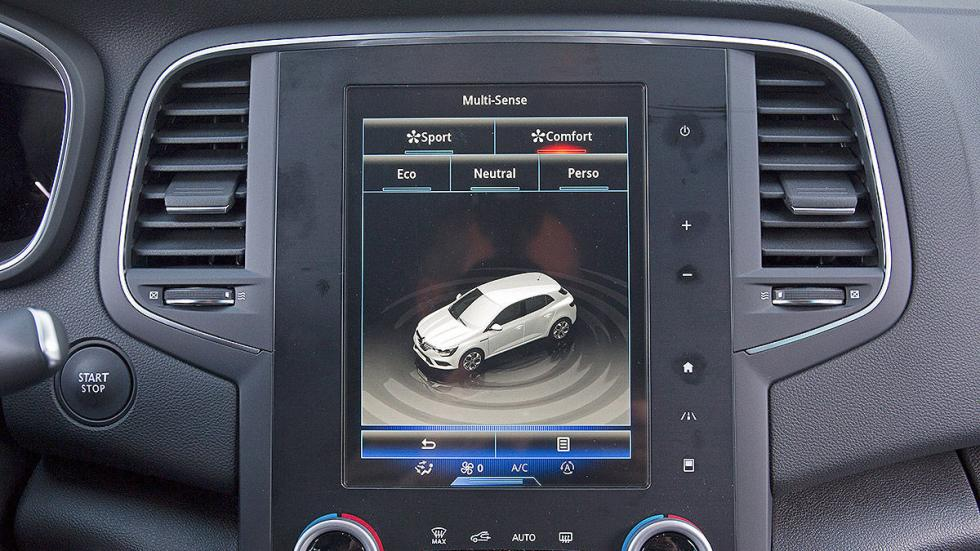 Renault Mégane detalle interior pantalla