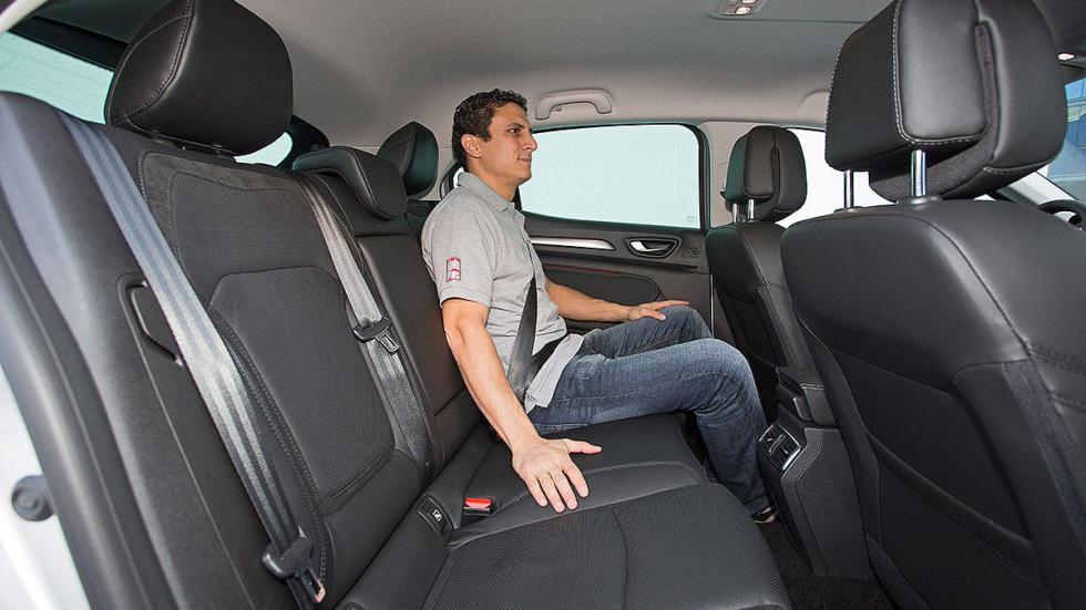 Renault Mégane detalle interior traseras