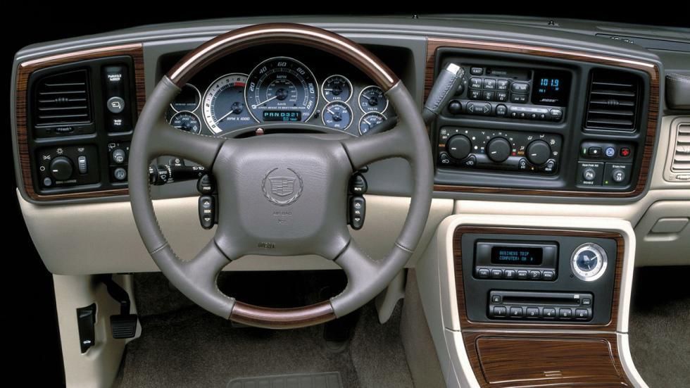 Cadillac Escalade 2002 interior