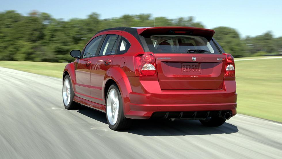 coches-más-rápidos-de-lo-que-parecen-dodge-caliber-srt4-zaga