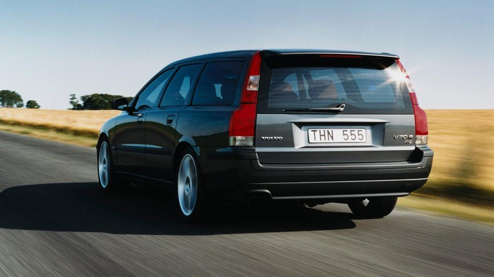 coches-más-rápidos-de-lo-que-parecen-volvo-v70-r-zaga