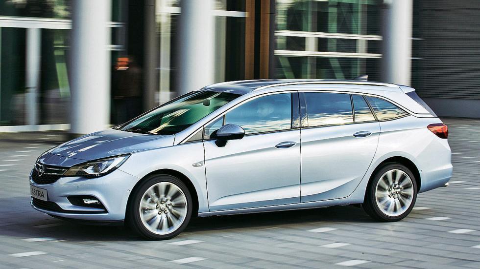 Primera prueba: Opel Astra Sports Tourer lateral