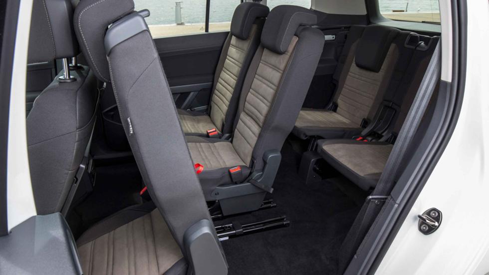 Volkswagen Touran 2015 easy entry