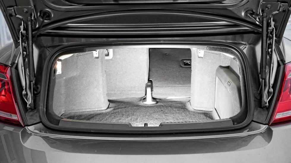 VW-Beetle-maletero