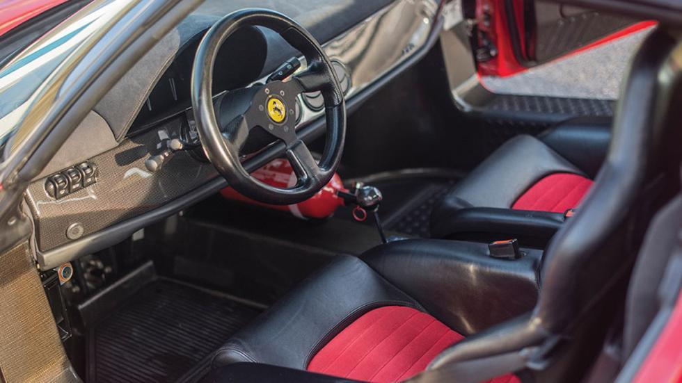 subasta-ferrari-f50-interior