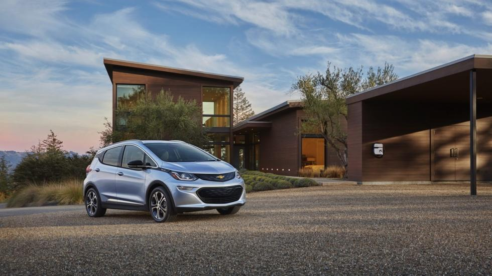 Chevrolet Bolt 2016 estatica