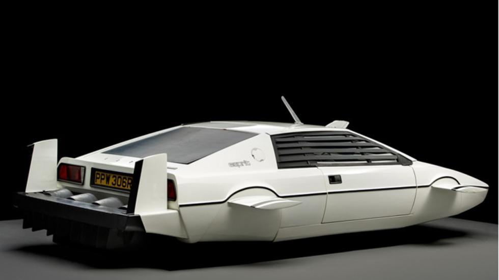 Lotus Esprit sin ruedas en RM Auctions