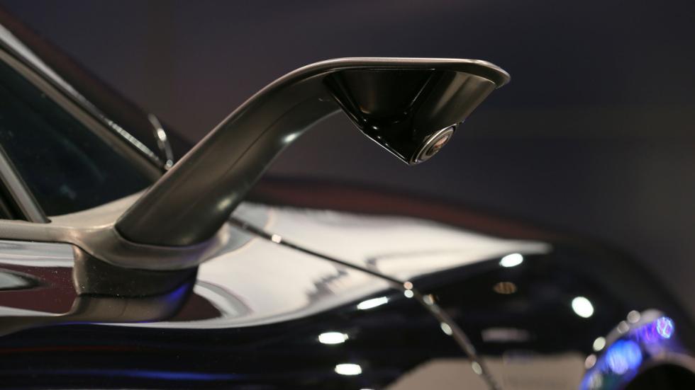 McLaren 675LT jvcKenwood Concept camara
