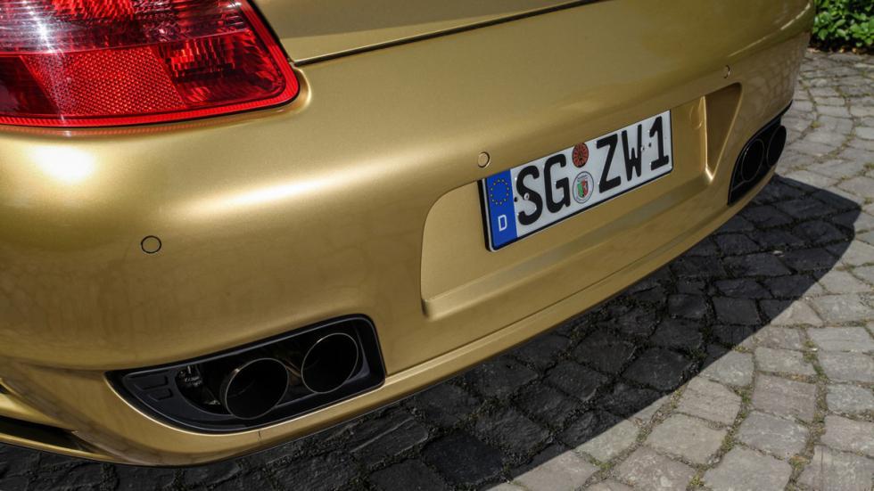 Porsche 911 Wimmer escapes