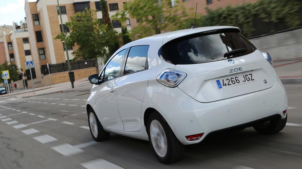 Renault ZOE trasera en marcha