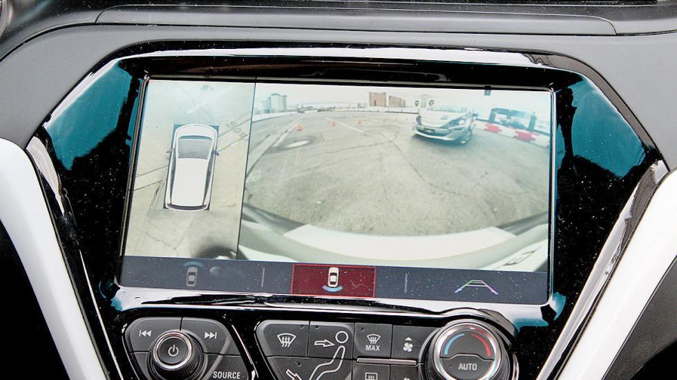 Primera prueba: Chevrolet Bolt EV eléctrico pantalla