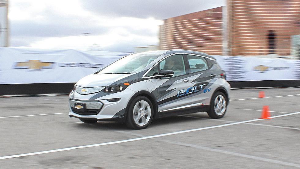 Primera prueba: Chevrolet Bolt EV eléctrico conos