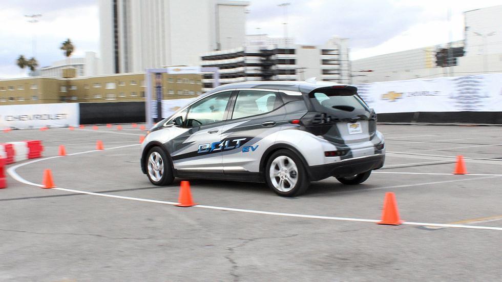 Primera prueba: Chevrolet Bolt EV eléctrico conos barrido
