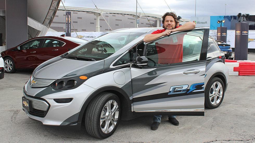 Primera prueba: Chevrolet Bolt EV eléctrico puerta