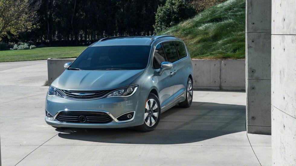 Chrysler Pacifica Hybrid 2017