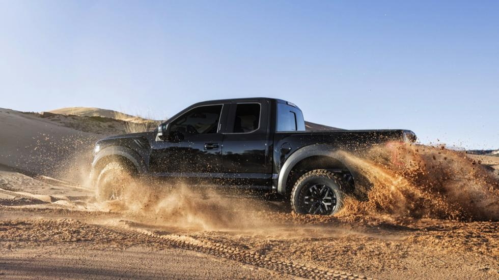 Ford F-150 Raptor SuperCrew 2017