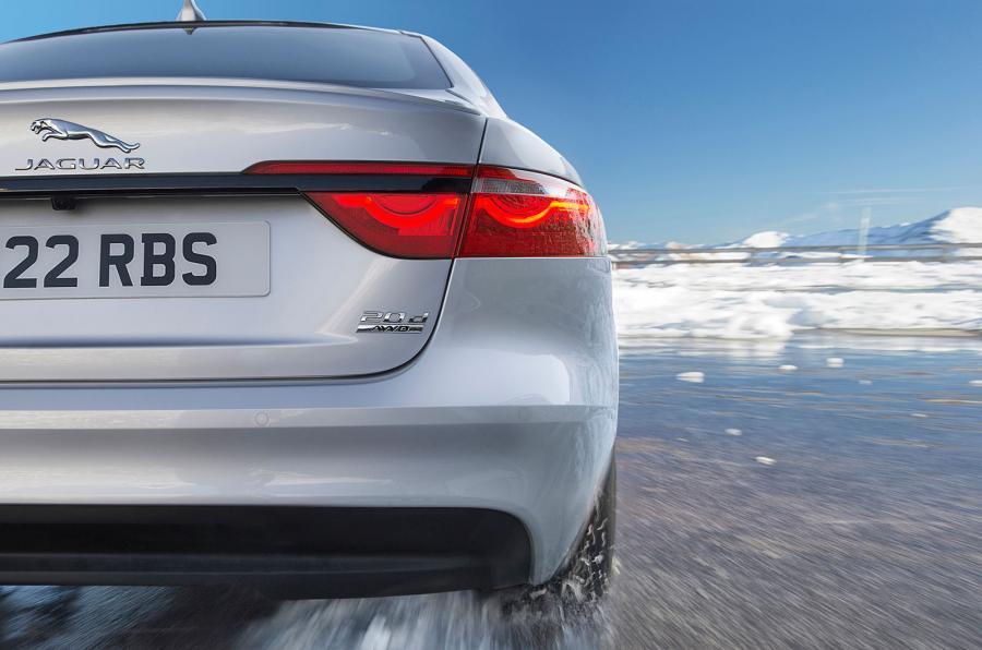 Jaguar XF 2017 detalles