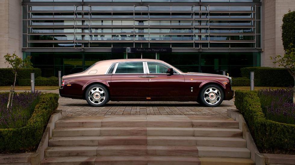 Rolls-Royce-Phantom-Sacred-Fire