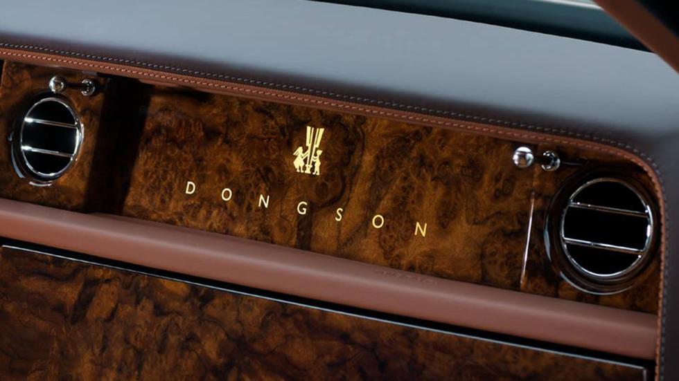 Rolls-Royce-Phantom-Sacred-Fire-salpicadero