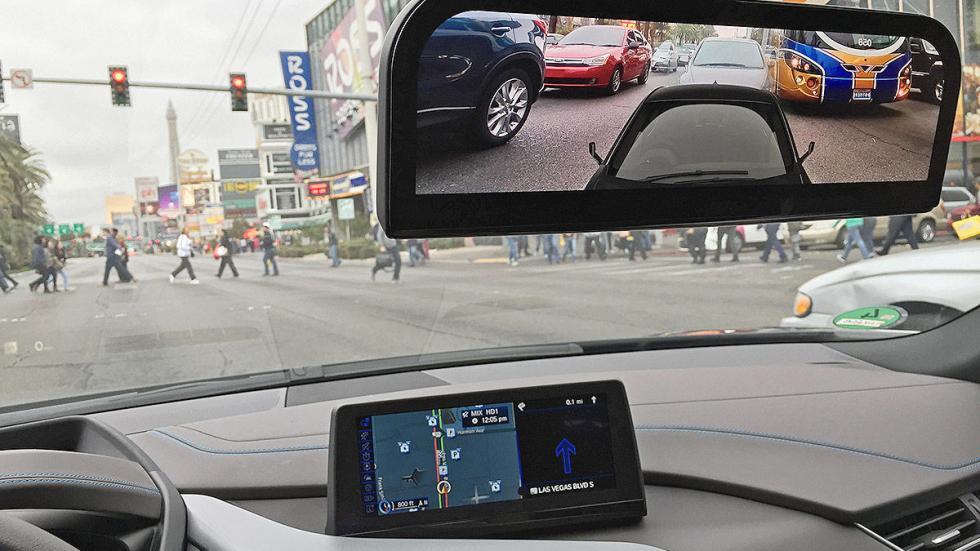 BMW i8 Mirrorles espejo interior detalle