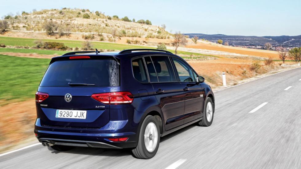 Volkswagen Touran 2015 trasera