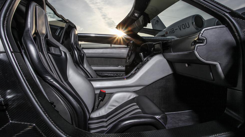 Roding-Roadster-R1-Dahler-interior