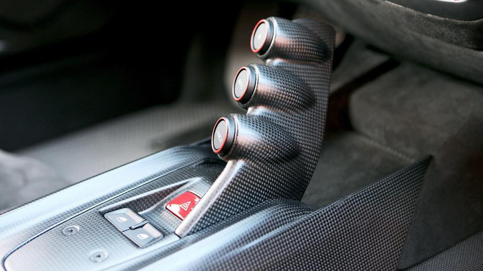 Ferrari F12 tdf  botones