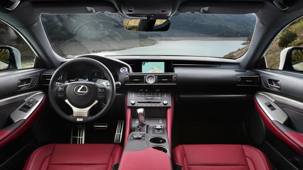 Lexus RC 300h, interior