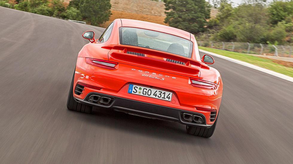 Porsche 911 Turbo S 2016 zaga