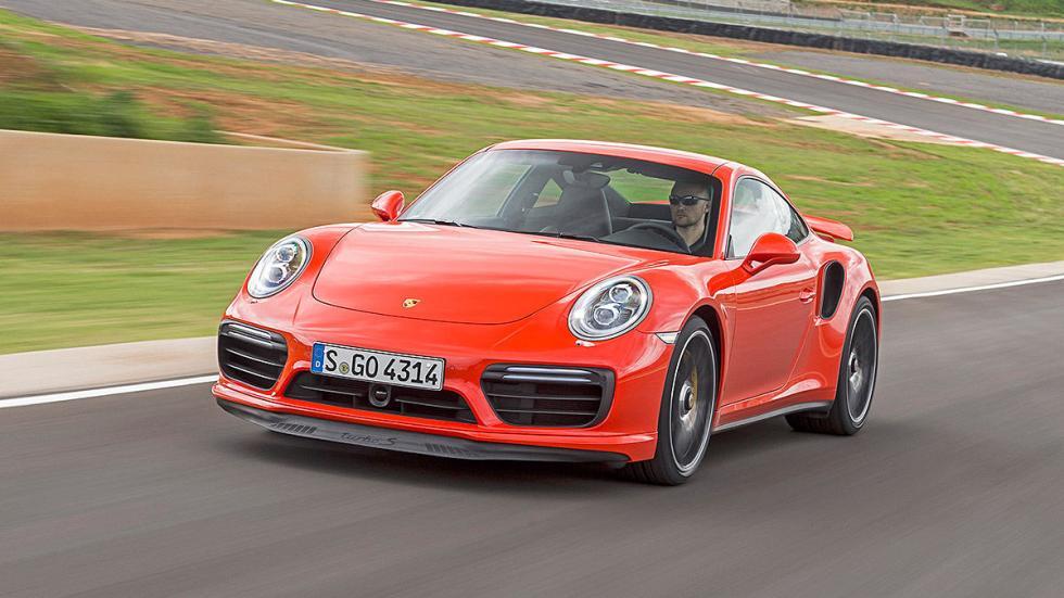 Porsche 911 Turbo S 2016 morro