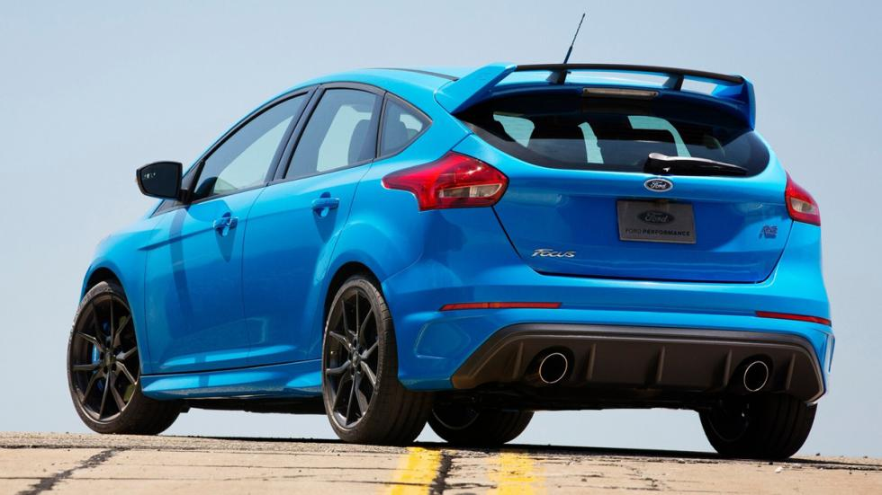 compactos-más-potentes-2016-Ford-Focus-RS-zaga