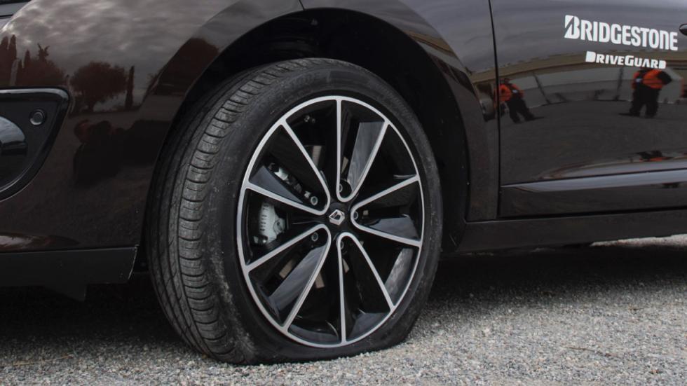 Bridgestone-DriveGuard-rueda-normal-pinchada