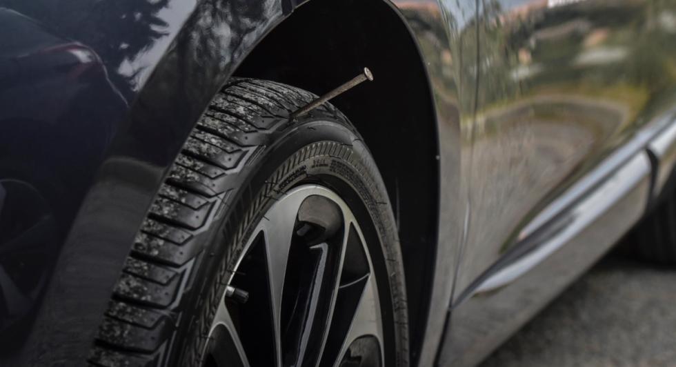 Bridgestone-DriveGuard-clavo