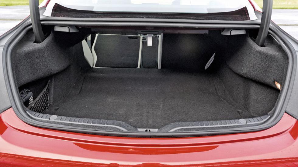 Mercedes Clase C Coupé maletero