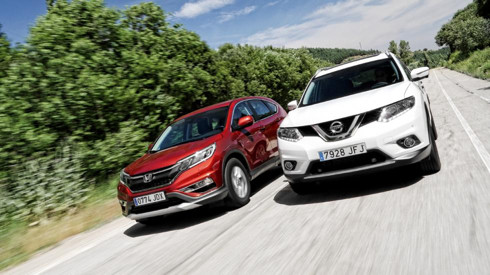 Honda-CR-V-Nissan-X-Trail-tres-cuartos-delantera