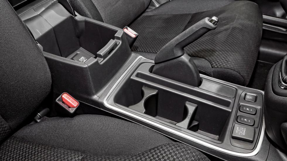 Honda-CR-V-huecos-asientos