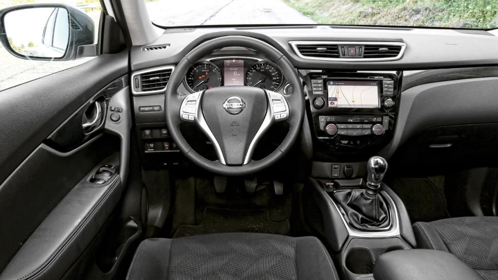 Nissan-X-Trail-salpicadero