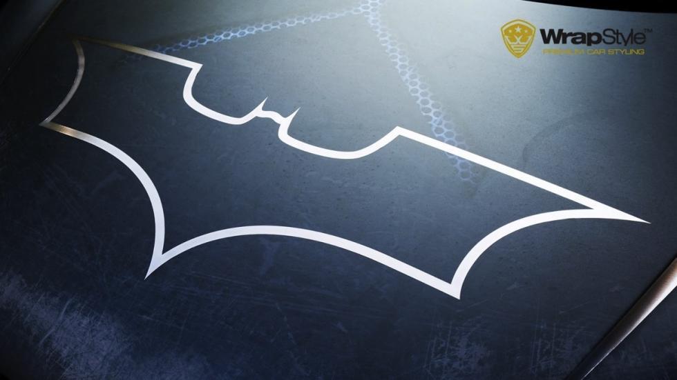 Audi R8 Batman logo