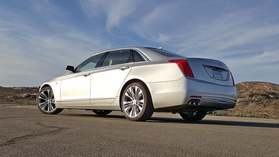 Cadillac CT6 indicadores zaga