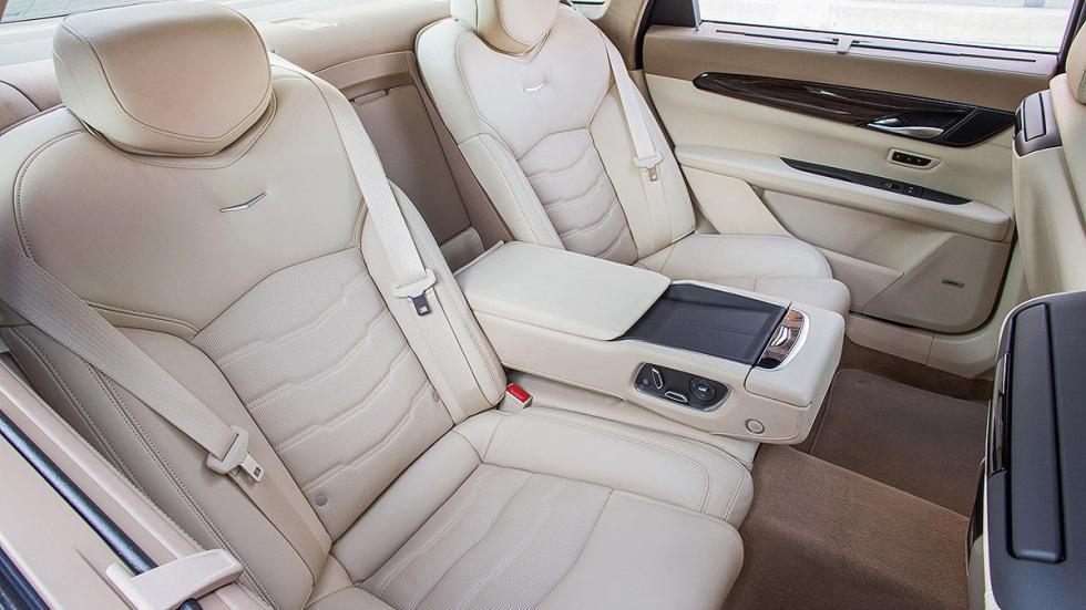Cadillac CT6 traseras