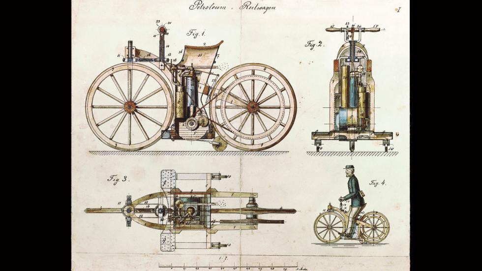 primera moto patentada de la historia
