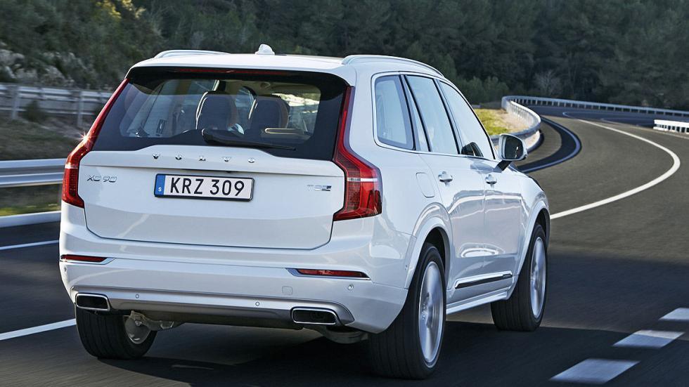 Volvo XC90 carretera zaga